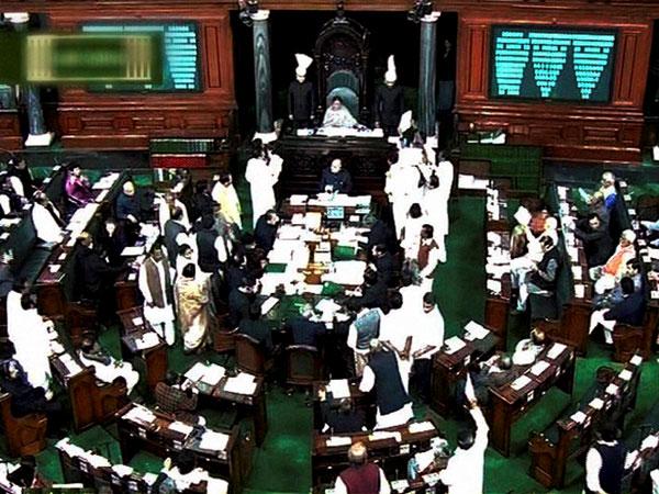 విపక్ష సభ్యుల ఆందోళనలతో లోక్సభ , రాజ్యసభ వాయిదా