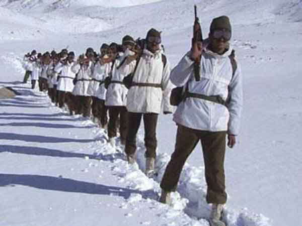 Valiant Army Jawans Rescue 680 Stranded Tourists in Blizzard-hit Arunachal Pradesh