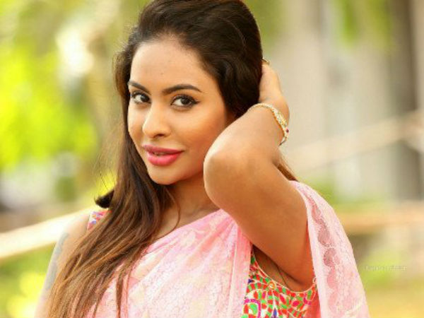 fake photos of tv9 ceo with sri reddy circulating in social media?