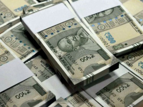 Rs. 100 crores seized from a travel bus in Chikkaballapur