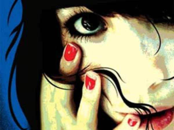 కూతురిపై తండ్రి రేప్: షాకిచ్చిన భార్య, 4 జీవిత ఖైదులు విధించిన కోర్టు