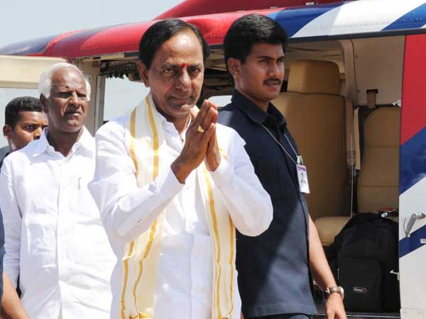 CM KCR to meet former prime minister Deve Gowda in bangalore tomorrow