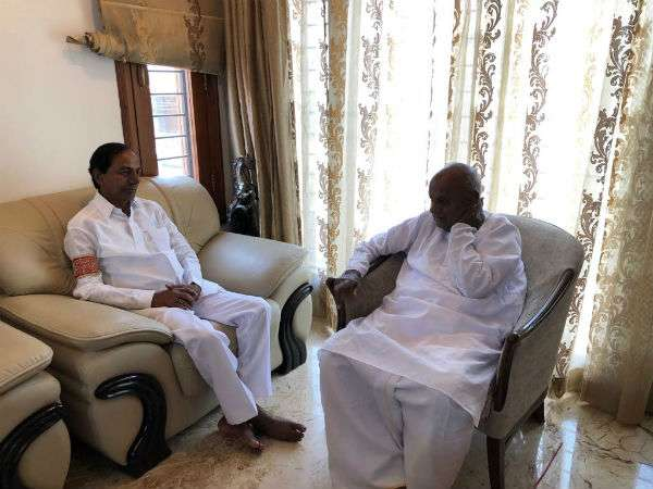Congress fired at KCR for meeting with Deve Gowda to forge alliance against BJP