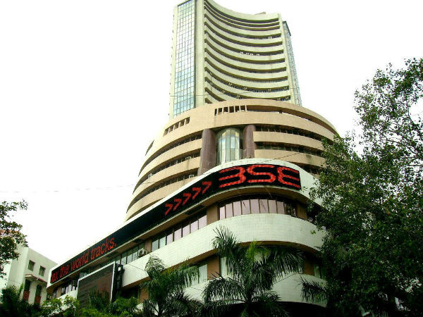 Sensex ends off day's low points, IT surges