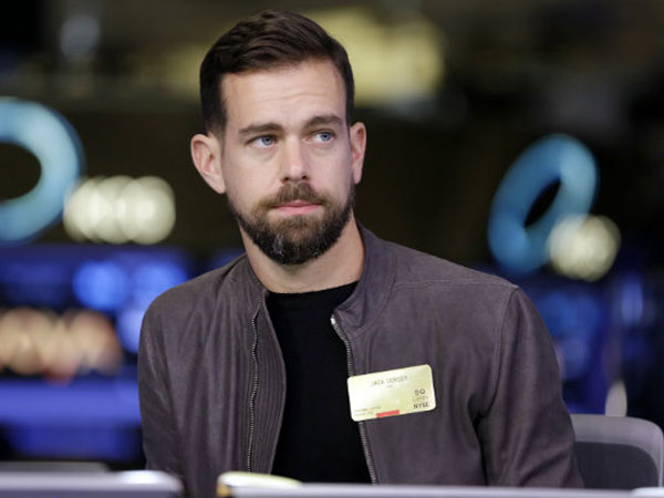 Twitter CEO Jack Dorsey doesnt own a laptop!