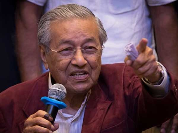 Malaysias Mahathir Mohamad On Course Be Worlds Oldest Elected Leader