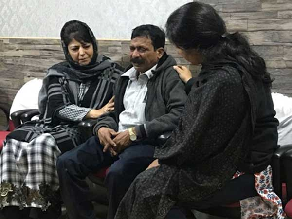 It is heartbreaking, says Mehbooba on Chennai tourists death; Omar calls stone pelters goons