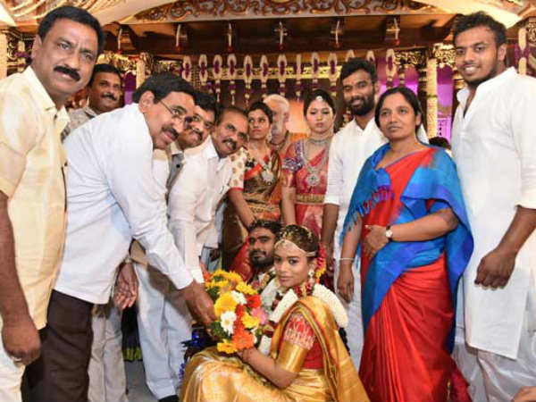 Grand Marriage Of Minister Paritala Sunithas Daughter Sneha Latha marriage