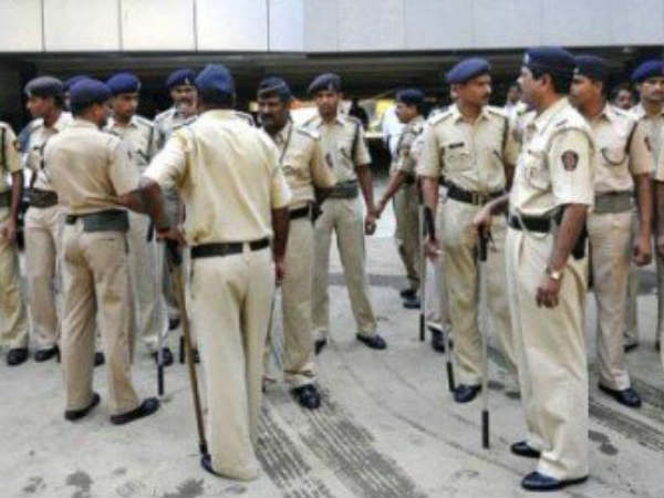 Police Recruitement Board Releases Notification For SIs And Constables In Telangana