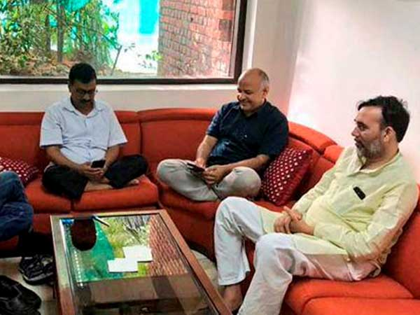 Delhi CM Arvind Kejriwal ends sit-in protest at L-G's office