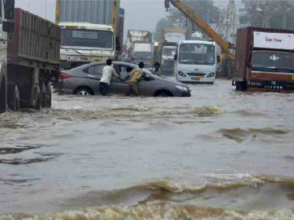 Karnataka weather agency issues flood alert for Bengaluru for the next 24 hours