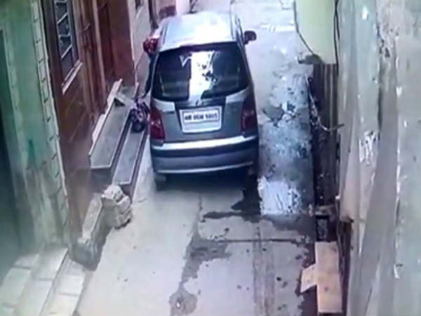 Muzaffarnagar: Woman drops baby from a moving car; video goes viral