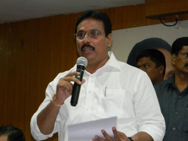 కాంగ్రెస్కు భారీ షాక్: దానం నాగేందర్ రాజీనామా, టీఆర్ఎస్ పార్టీలోకి?