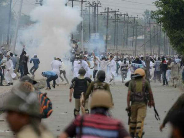 Youngster killed after clashes broke during Eid prayers in Kashmir