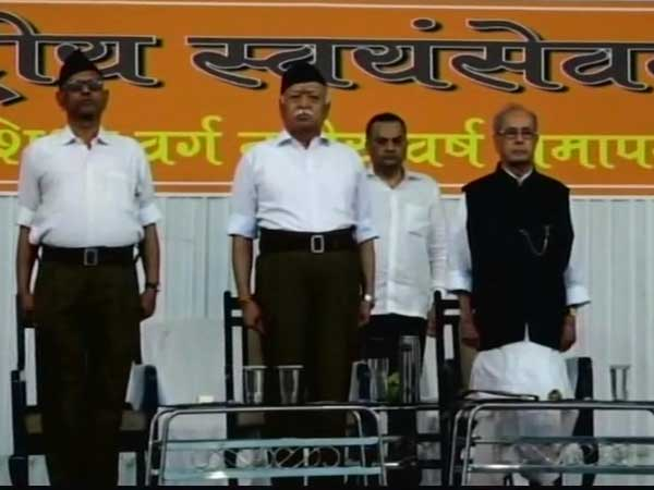 Pranab Mukherjee at RSS HQ: Ex-president at Sanghs dias