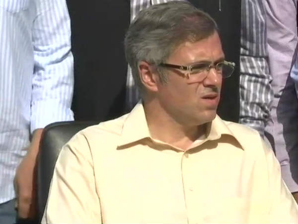 We don't have the mandate, not trying to form govt, says Omar Abdullah