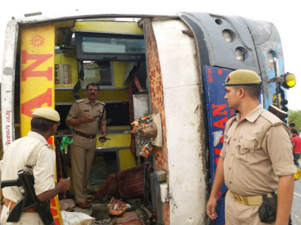 17 Dead, 12 Injured After Speeding Bus Hits Divider, Overturns In UP