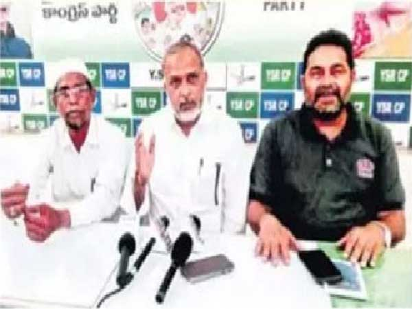 YCP Spokesperson Afzal Khan fires on Jaleel Khan