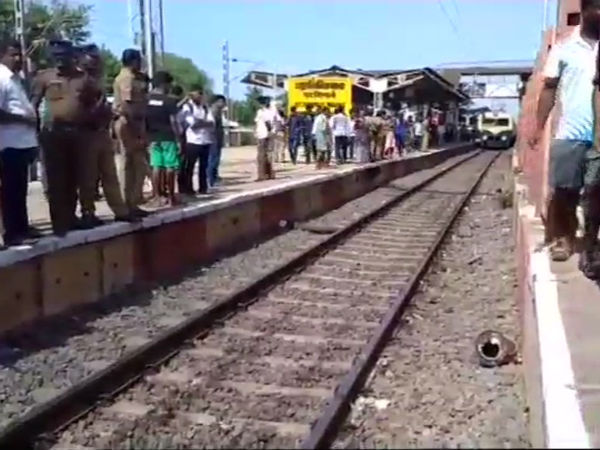 Terror journey:Footboarding in train kills five