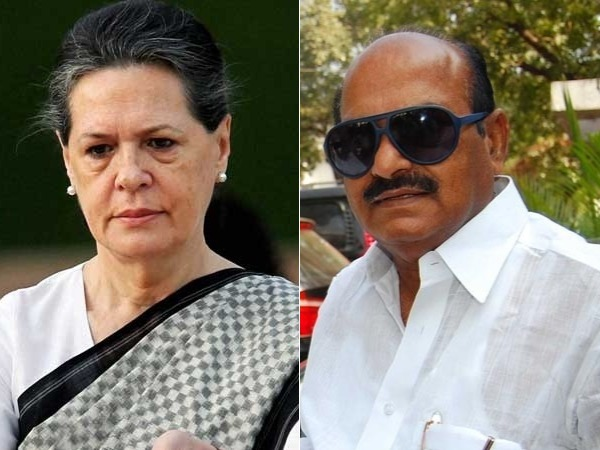 JC Diwakar Reddy comments on Sonia Gandhi!