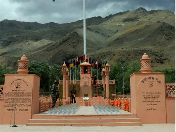 Kargil Vijay Diwas: Atal Ji led from the front and supported our armed forces, says PM Modi