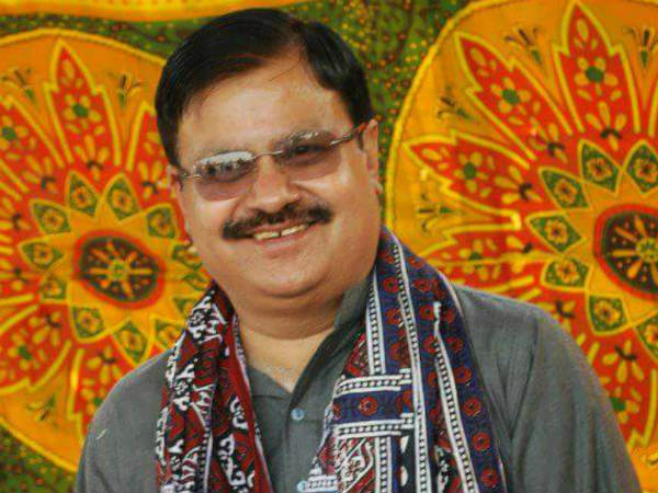 Meet Pakistans First Hindu Candidate Mahesh Kumar Malani to Win on General Seat
