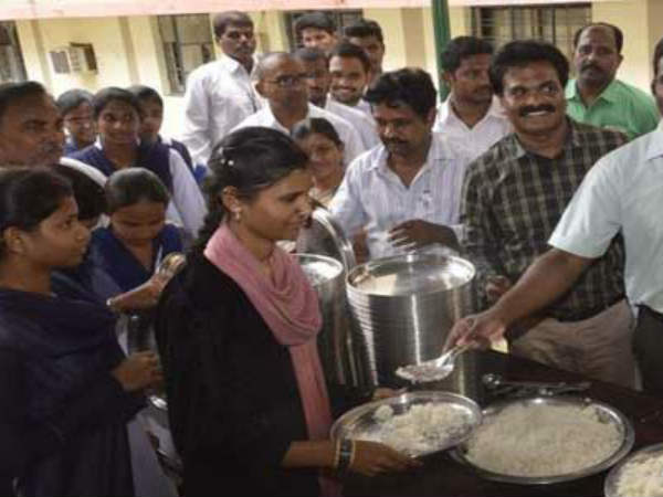 Andhra Pradesh:Mid day meals for intermediate students...implementation from August 1