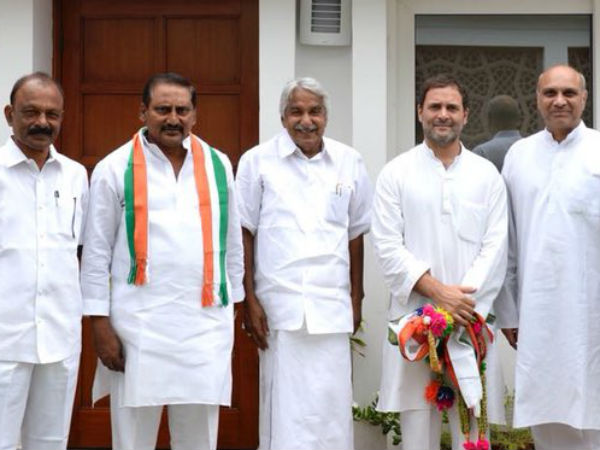Former Chief Minister N Kiran Kumar Reddy joins Congress in the presence of Rahul Gandhi