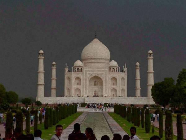 Restore Or Demolish Taj Mahal Supreme Court Slams Centre