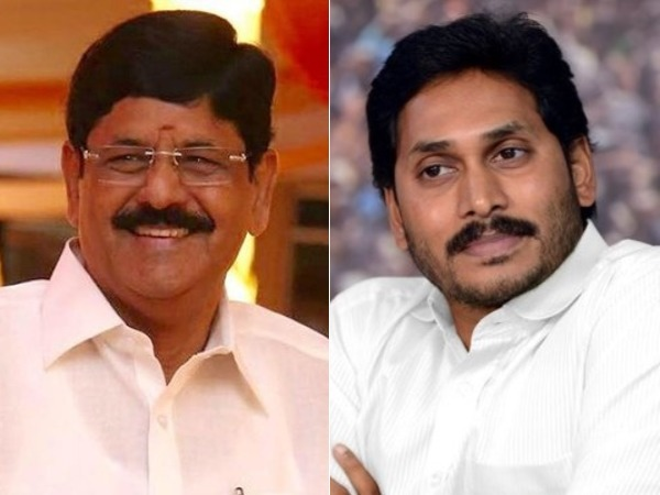 Anam Ramanarayana Reddy meets YS Jagan in Lotus Pond