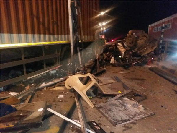 A container accident at toopran toll gate: one died, 7 injured