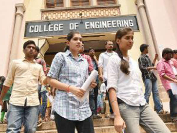 The maximum number of fake engineering colleges are functioning in Delhi.