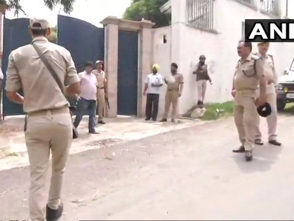 Man shot dead for forcefully trying to enter Farooq Abdullahs Jammu residence