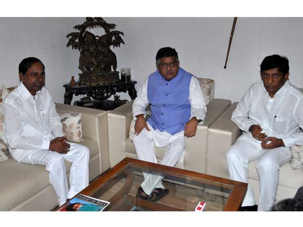 CM KCR Meets Union Minister Ravi Shankar Prasad Over High Court Bifurcation