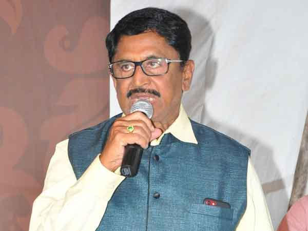 The countrys budget is not enough to fulfill Jagan Promises: TDP MP Murali Mohan