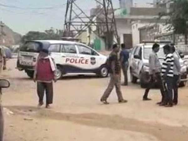 NIA teams searches in old city in Hyderabad