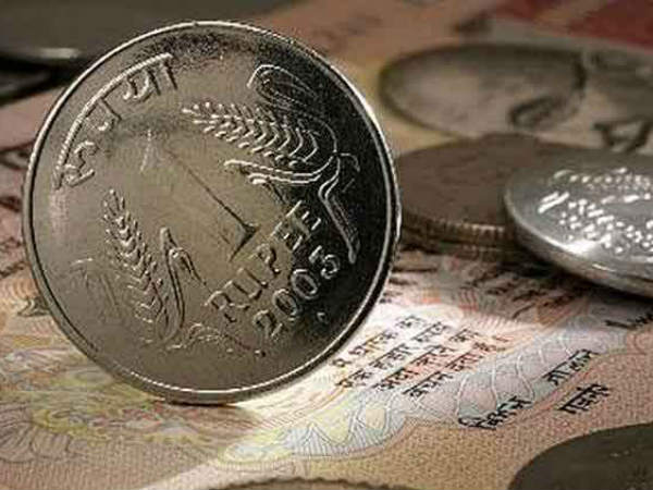 Rupee crashes to all-time low of 70.08 against US dollar