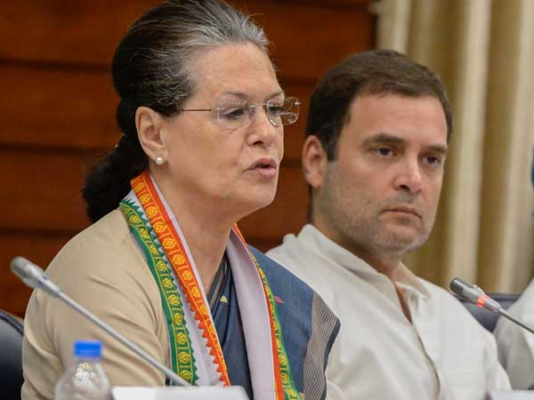 Sonia and Rahul to visit Telangana next month,main focus on elections