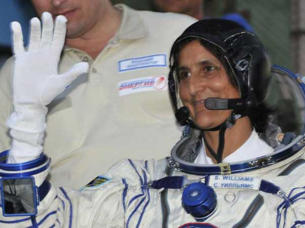Sunita Williams Will be Among First 9 Astronauts to Fly SpaceX and Boeings Brand-new Spaceships
