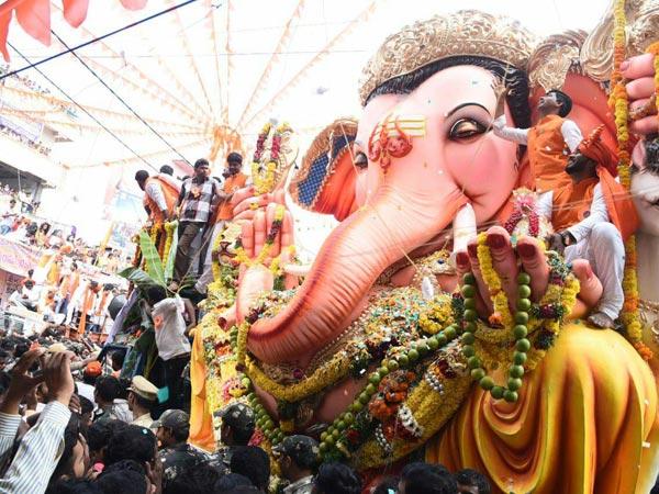 Ganesh immersion: Balapur Laddu auctioned for Rs.16.6 lakh