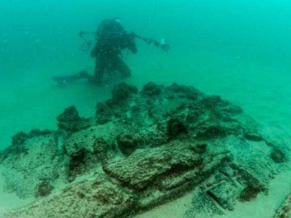 Ship that sank 400 years ago found by archealogical department in Portugal coast