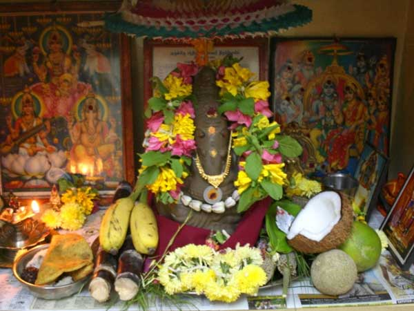 How Perform Ganesh Chaturthi Pooja At Home