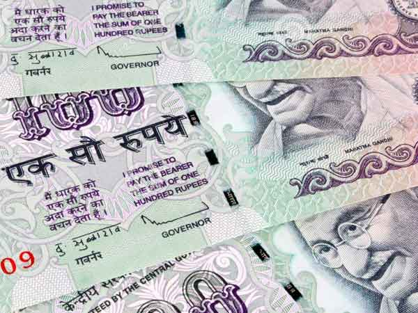 Rupee Sinks New Low 74 48 Against Us Dollar