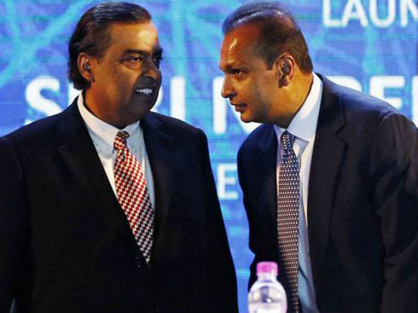 Mukesh Ambani earned Rs 187.9 crore per day last year while his younger brother lost Rs 14 crore,