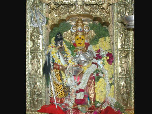 Goddess Kanaka Durga as annapurna