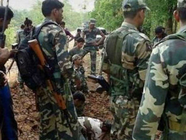 doordarshan-journalist-two-jawans-killed-in-naxal-