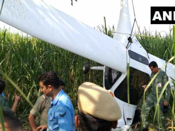 IAF Plane Crash Lands in UPs Baghpat, People Flock to Accident Site to Take Selfies