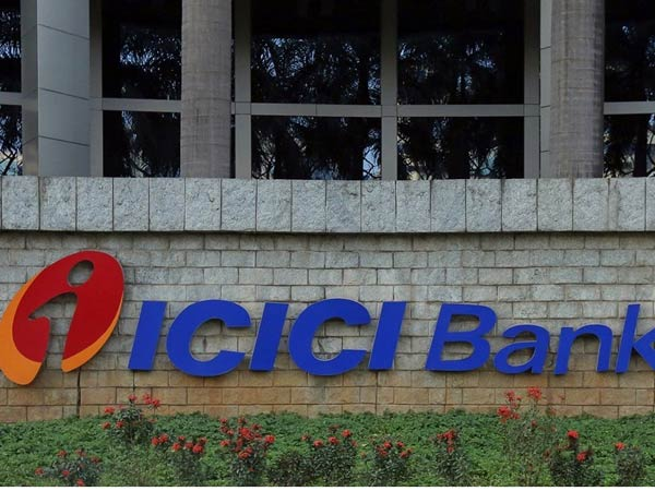 Deposit Rs 10 Crore Consumer Commission Fraud Manager Sc Tells Icici Bank