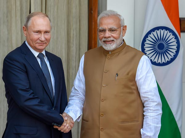 India signs deal with Russia to buy S-400 Missile system