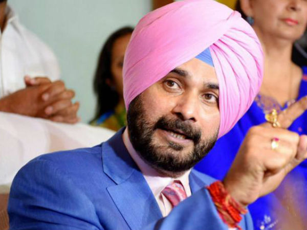 Its better to go to Pakistan than South India:Sidhu Stokes another controversy